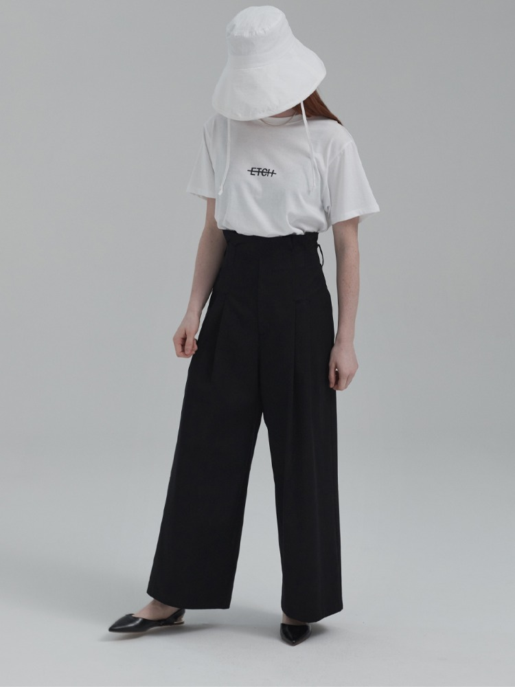 HIGH WAIST WIDE TUCK PANTS (BLACK)
